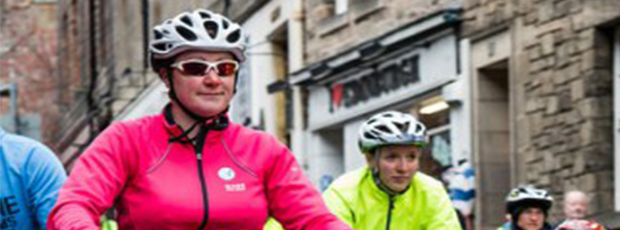 Give space to people cycling: Diana's story