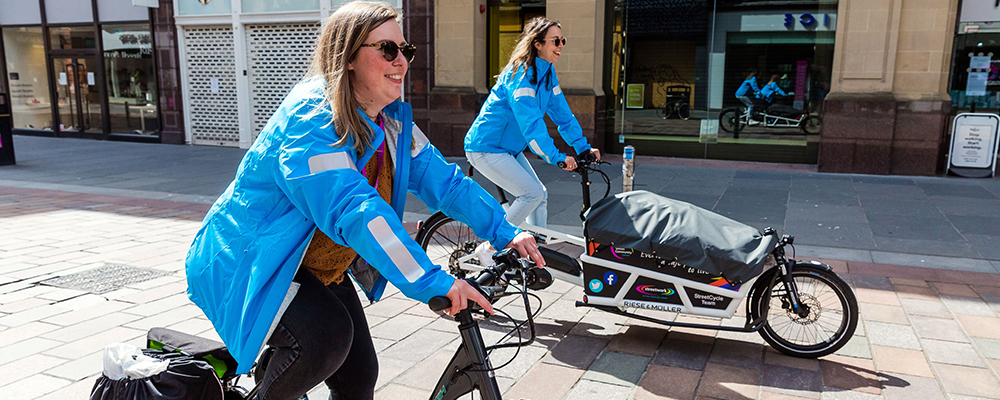 Cycling Scotland staff get on their bikes to support homeless during lockdown